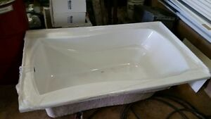 5' Kohler Bath Tub London Ontario image 1