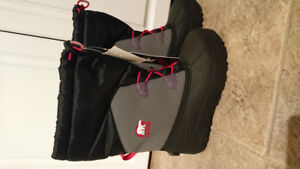 Sorel Youth Winter Boots Size 4