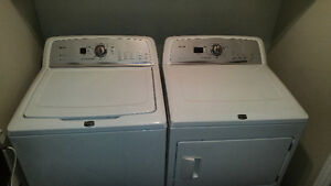 Wow 220$ Maytag laveuse secheuse