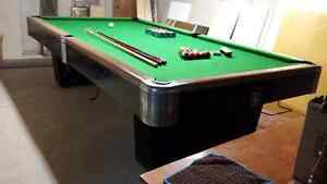 Vintage Pool Table Made in Canada Cambridge Kitchener Area image 3