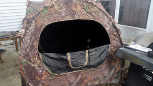 2 hunting blinds, 1 ice hut