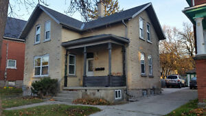 Clean, bright and spacious, and just minutes walk to everything! Kitchener / Waterloo Kitchener Area image 2