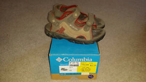 Columbia Youth Sandals - Size 1
