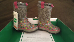 Brand New Size 10 Girls Winter Boots