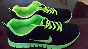 NEW RUNNING SHOES for MAN SIZE 11 black w/yellow/green