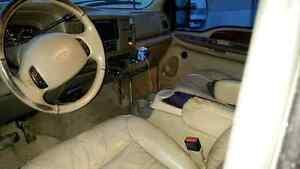 2001 Ford Excursion 7.3L Diesel Edmonton Edmonton Area image 6