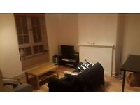 Room available in Lovely 3 bed friendly flat share in Zone 2 in Wapping