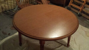 Solid Maple Round Dining Table