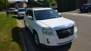 2010 GMC Terrain slt- PRICE REDUCED