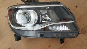 2017 Chevy Colorado passenger Headlight, OEM perfect condition