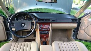 Benz-W124 different parts - door handles and panels, rims, etc.