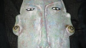 VINTAGE HAND CARVED HEAVY AFRICAN TRIBAL MASK WALL ART Kitchener / Waterloo Kitchener Area image 5