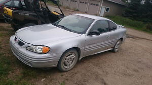 2001 Pontiac Grand Am Coupe (2 door)