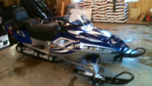 2004 Polaris  700 Edge Touring
