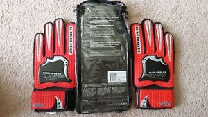 Soccer Goal Keepers Gloves (Umbro size 6)