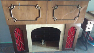 Antique Stereo/fireplace/turntable