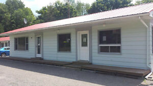 SUPERIOR DELUXE ROOMS WITH PRIVATE KITCHEN FOR RENT IN MADOC Kawartha Lakes Peterborough Area image 2