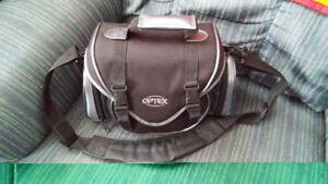 Sacoche camera Optex, reduit de 25 a 15$