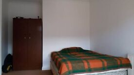 Lovely double room in a friendly house