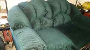 Comphy Green Loveseat