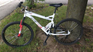 Mountain bike for sale  CCM  Static 26 like new
