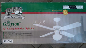 "42"" ceilling fan with light kit new never used"