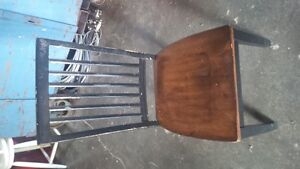 Pedestel Kitchen table and chairs