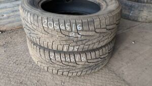 Pair of 2 Kumho IZen KW31 205/65R16 WINTER tires (75% tread life