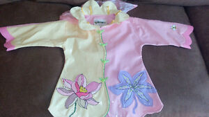 Kidorable Kids Lotus Flower Raincoat and boots (18-24 months)