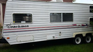 Hunters Special!! 2005  Coachmen Northern Spirit Travel Trailer