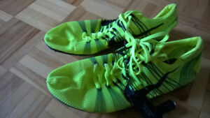 Chaussures NIKE MEN'S ZOOM VICTORY 2 TRACK SPIKE