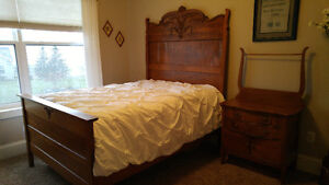 Antique Oak Full size Bed with matching dresser and wash stand