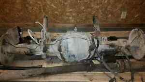 "Rear end 97 Ford F350 dually ( 140,Klm""s only )"