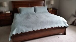 KING SIZE THREE PIECE COVERLET SET