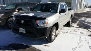 2014 Toyota Tacoma Access cab Pickup Truck