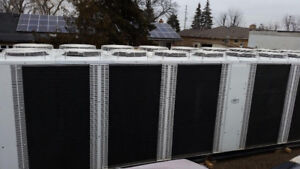 CHILLER AIR COOLED 300 ton