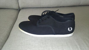 chaussures neuves taille 10 fred perry