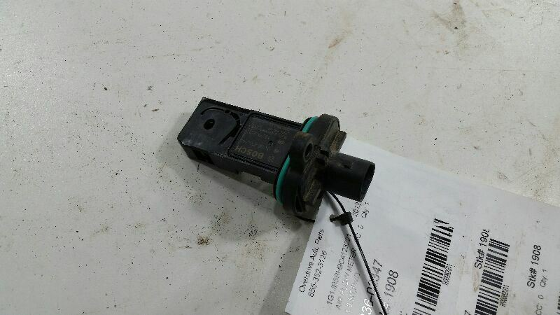 Mass Air Flow Meter Sensor Fits 11-15 VOLT
