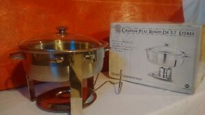 Round Chafing Dish with Glass Lid ( 7 units available)