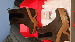 Hunter Brown Suede Boot Size 7UK