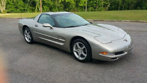2000 Chevrolet Corvetteus Coupe