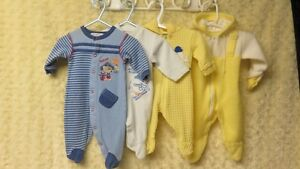 4 BABY BOY SLEEPERS SIZE 0-3 MTHS