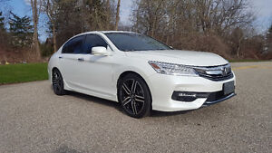 2016 Honda Accord Touring V6 - FULLY LOADED