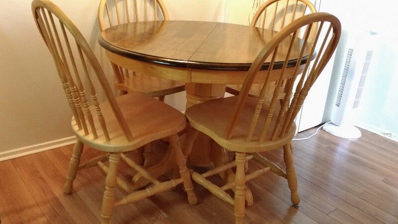 Dining Room Table And 4 Chairs | Dining Tables U0026 Sets | Ottawa | Kijiji