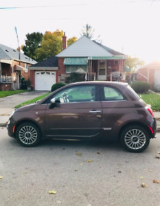 Pristine Condition 2012 Fiat 500 Lounge Leather with Sunroof