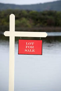 4.15 ACRE BUILDING LOT MINUTES FROM GRAND OR WASHEMADOAK LAKES!!