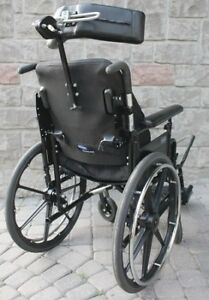 Invacare 900 XT Wheelchair 17 inch, foldable folding wheel chair