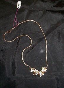 Vintage (Gold-tone)Rhinestone Necklace