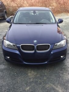 2011 BMW 323 excellent condition