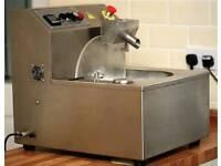 MM08 Chocolate moulding machine